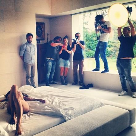 Elisabetta Canalis posa completamente nuda per spot negli USA