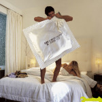 sexy-ads-ginsana-condom