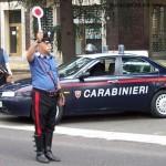 Un giorno due carabinieri vanno in discoteca,