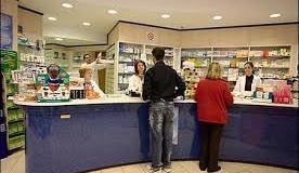 """La mamma dice a Pierino: """"Pierino vai in farmacia a comprare lo spirito"""""""