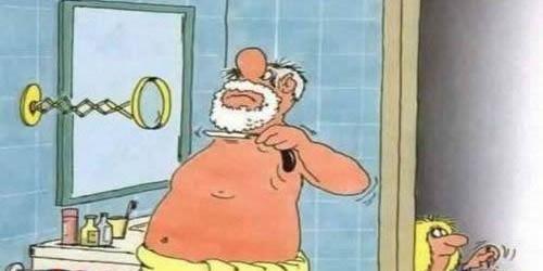 Un tipo è in bagno e sta x farsi la barba ma il suo pappagallo