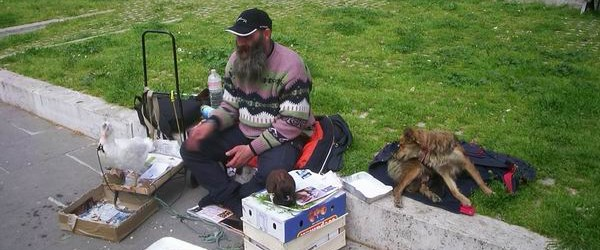 Totti va in giro per la strada e incontra un ceceno.