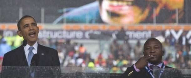 Funerale di Mandela, il traduttore per sordi faceva gesti a caso