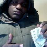 Ladro ruba in casa ma pubblica la foto su Facebook: arrestato
