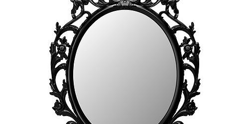 Ci sono Totti, Vieri e Gattuso in una stanza, e Del Piero sta mostrando loro uno specchio molto prezioso.