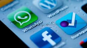 Facebook compra Whatsapp per 19 miliardi di dollari: è la rivoluzione dei messaggi