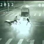 Incredibile caso di teletrasporto ripreso da una telecamera di sorveglianza in Cina