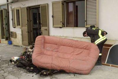divano-canneto-fuoco